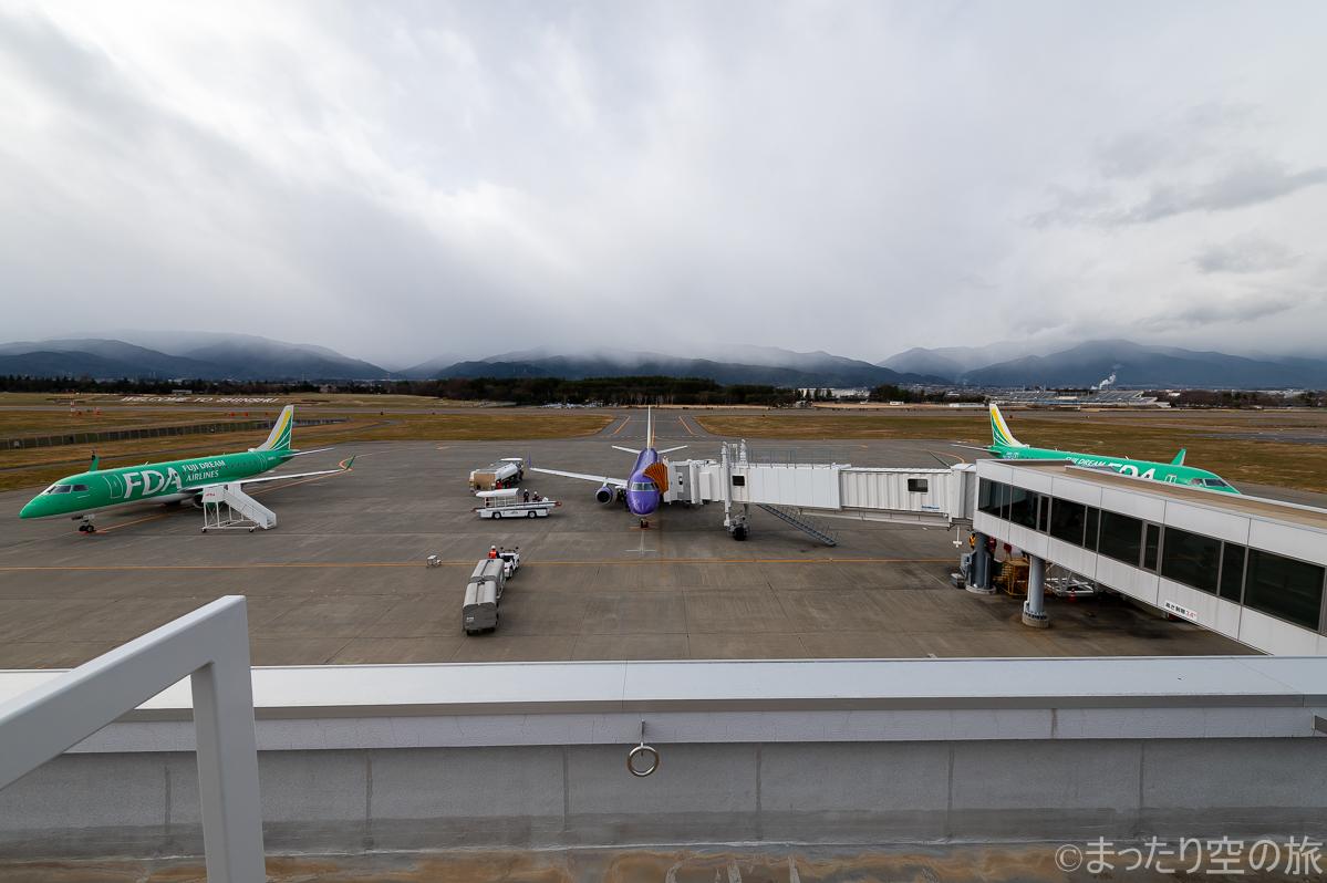 松本空港の展望デッキからの眺め