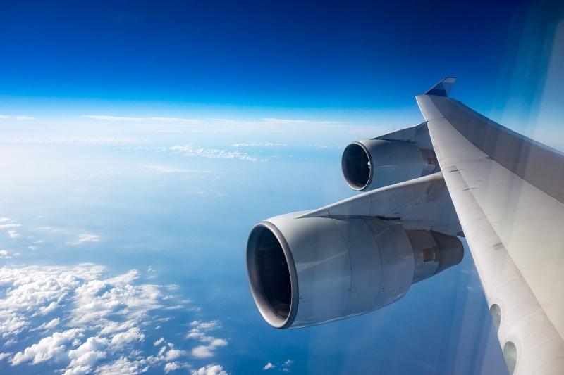 R2ドアから見た機内からの景色