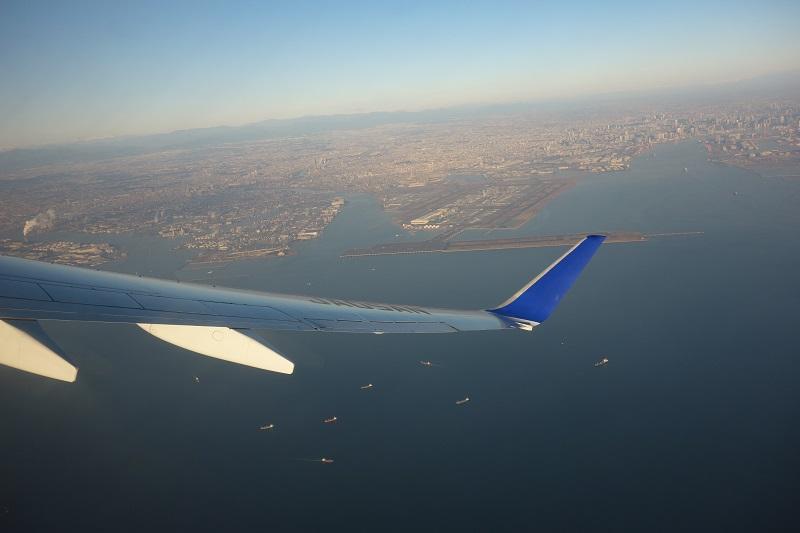 ANAのB737-700からの機窓