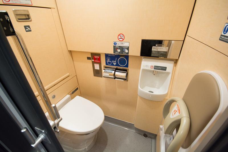 E353系スーパーあずさのトイレ