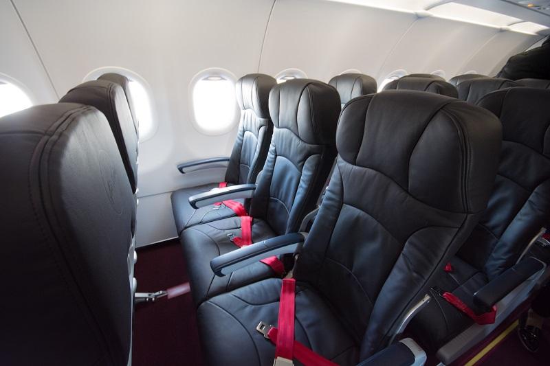 エアアジア・ジャパンのA320-200型機の革製の座席