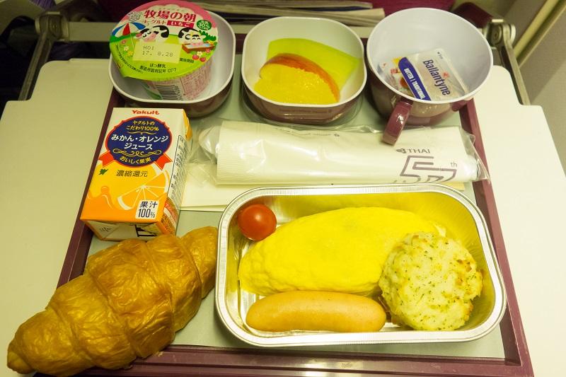 オムレツの機内食