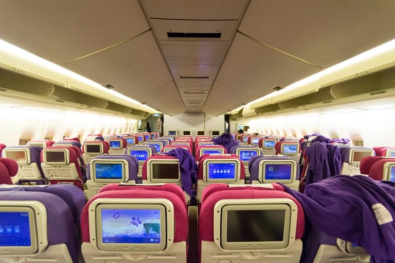タイ国際航空のB747-400型機の機内