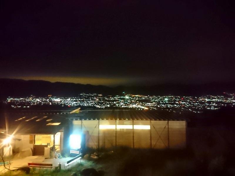 ほったらかし温泉からの山梨市街地の夜景