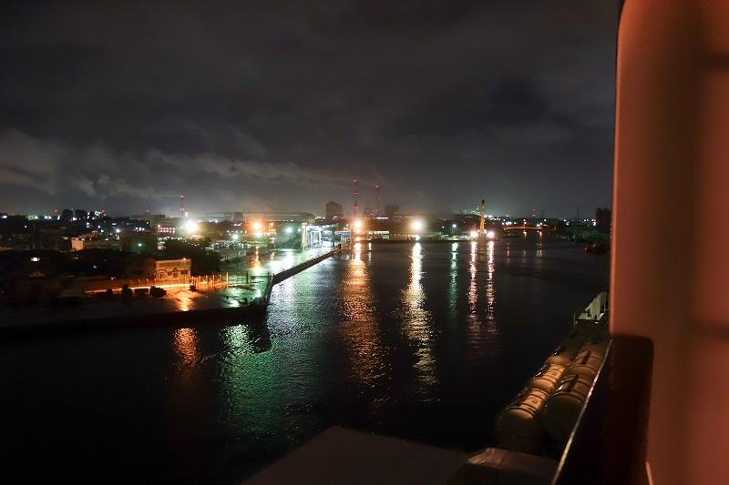 新潟港出港時の様子