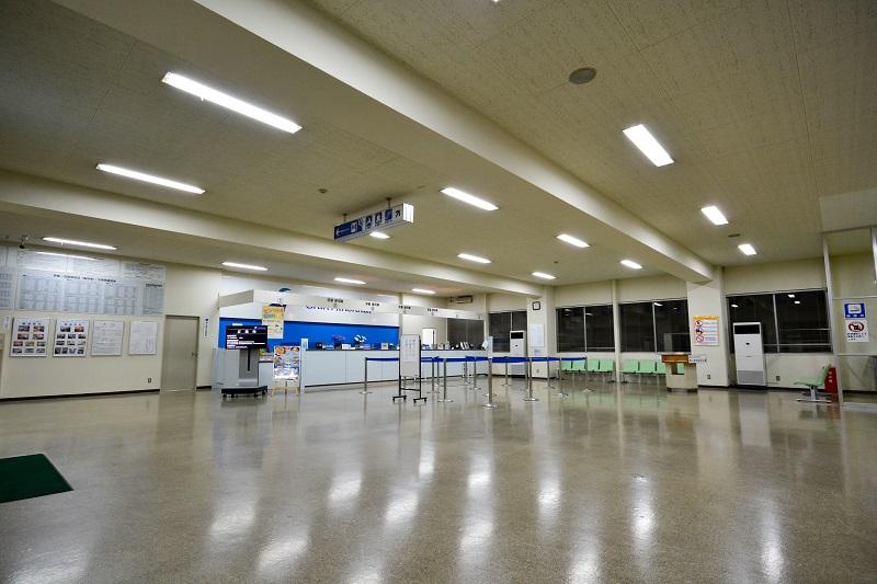 新潟港フェリーターミナル内部