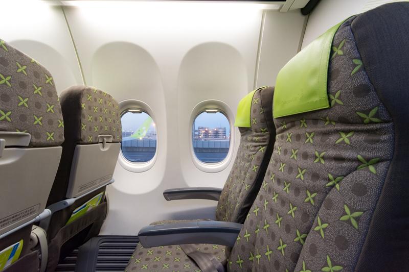 ソラシドエアの座席と窓