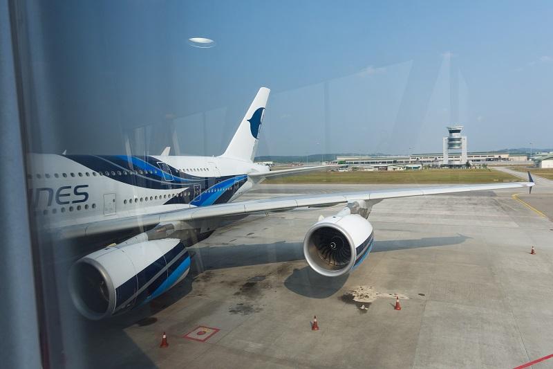 クアラルンプール国際空港到着後の降機時の様子