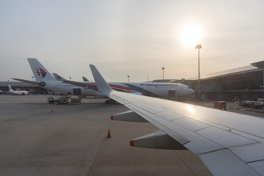 クアラルンプール国際空港到着時の景色