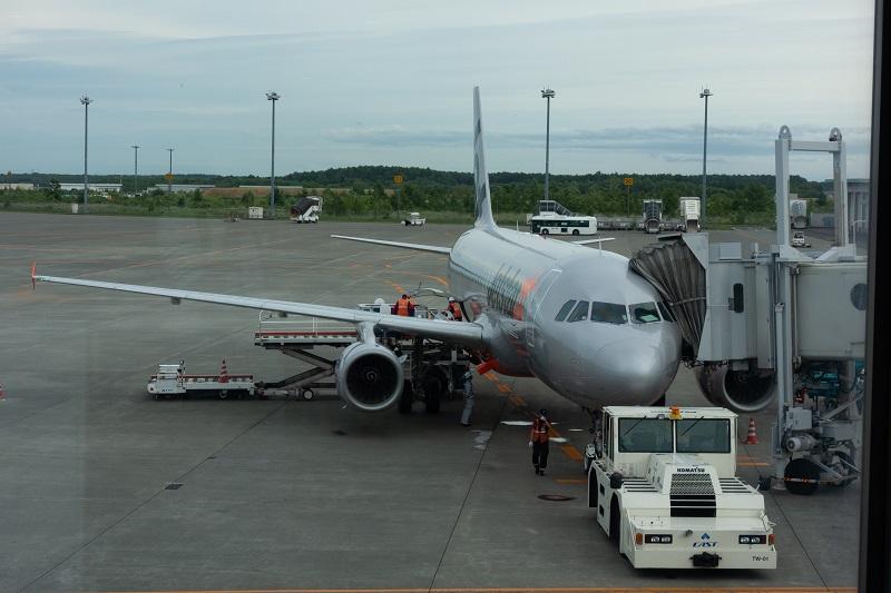 搭乗機のA320型機(JA10JJ)