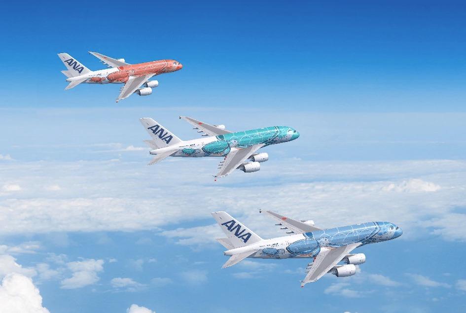 「FLYING HONU」塗装のANAのA380型機