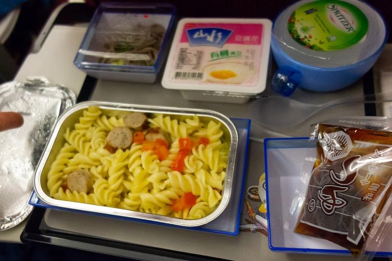 マカロニの機内食