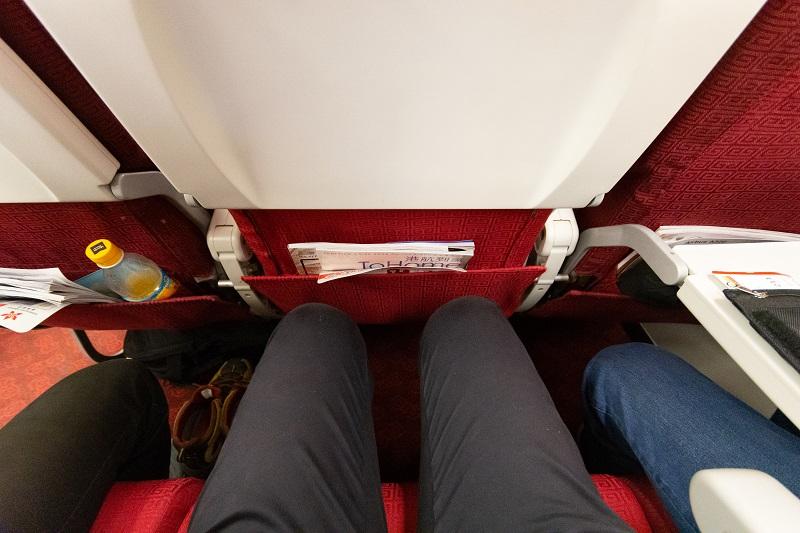 香港航空のエコノミークラスの座席の広さ