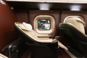 横から見たリクライニング後の座席
