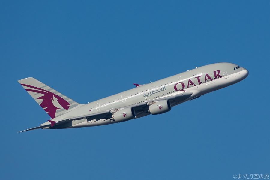 飛行中のカタール航空のA380