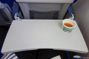 普通席のテーブル