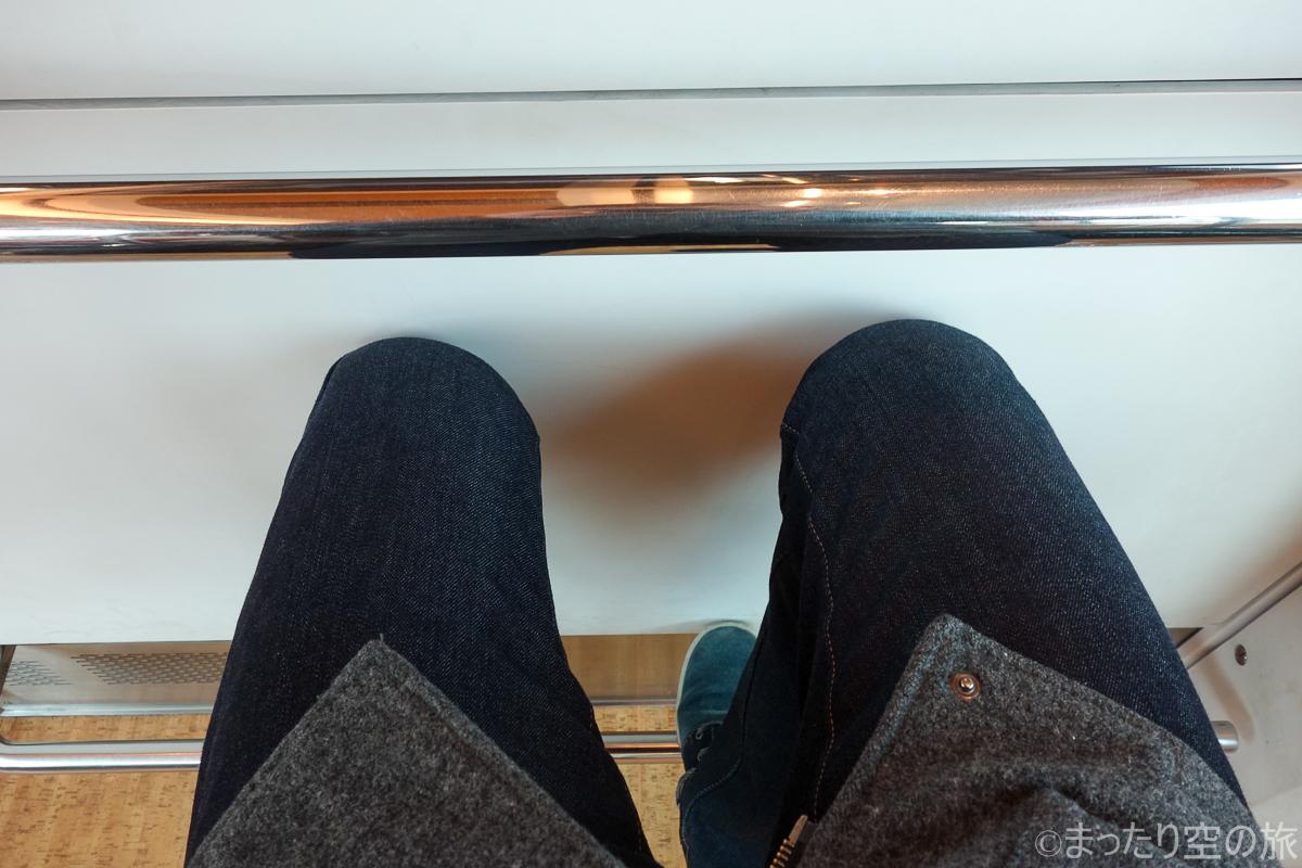 展望室の座席の広さ