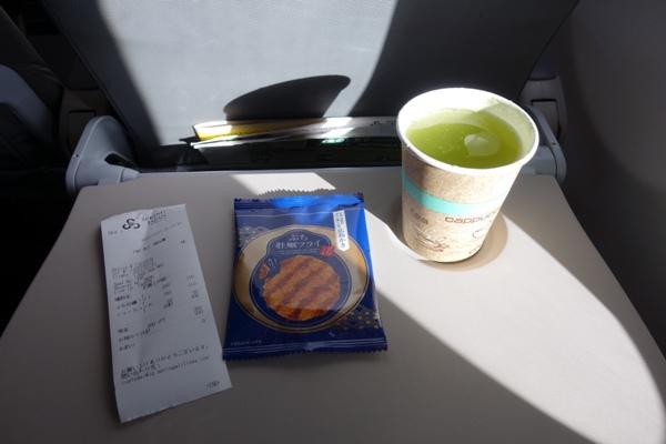 春秋航空日本の機内食
