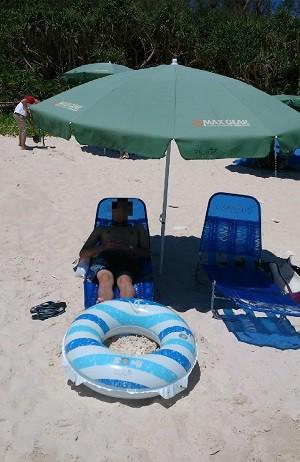 有料のビーチパラソル