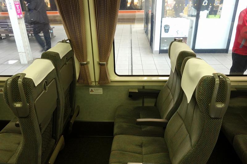 383系特急しなのの座席