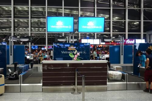 ベトナム・ハノイのノイバイ国際空港のベトナム航空のカウンター