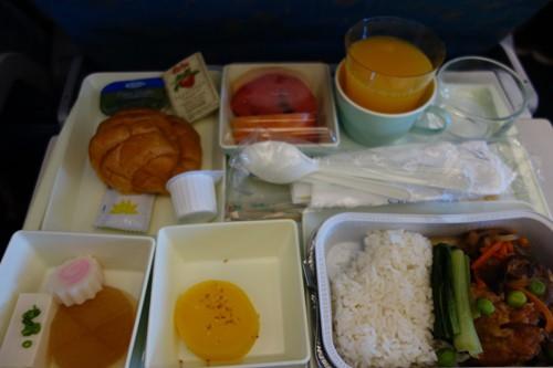 ベトナム航空の朝食の機内食(和食)