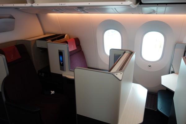 JALのSS8ビジネスクラスの3Aの座席