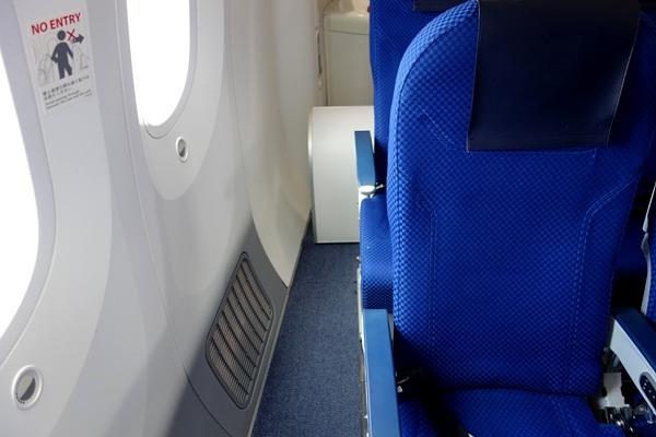 B787型機最後部付近の座席