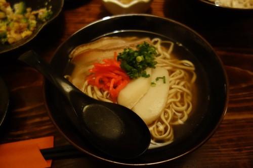 国際通りにて食べた沖縄そば