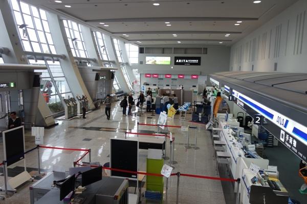 佐賀空港ターミナルビル内の様子