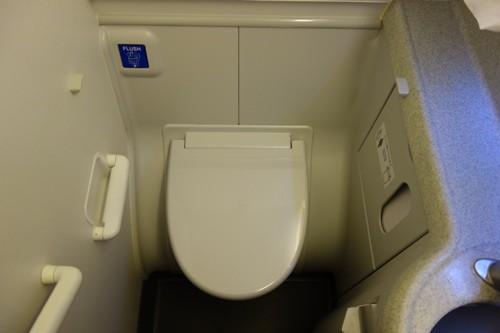 機内のトイレ内の様子