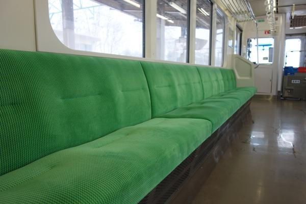 ET127系の座席