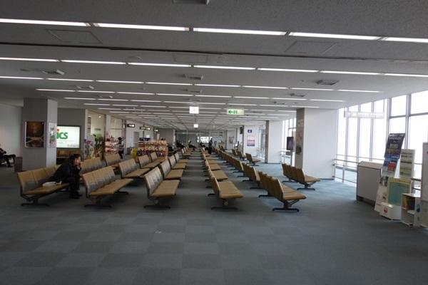 新潟空港の出発ロビー