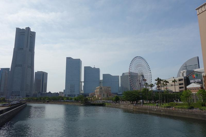 横浜のみなとみらい付近の景色