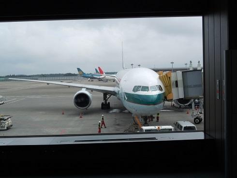 搭乗機のキャセイパシフィック航空のB777-300型機(B-HNG)