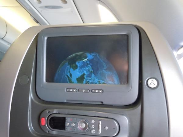 座席に装備された個人モニター