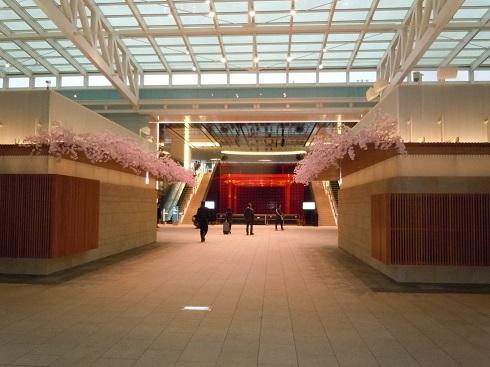 早朝の羽田空港国際線ターミナル