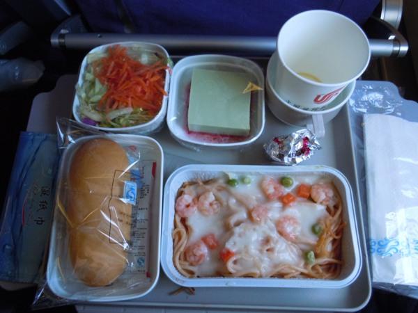中国国際航空のパスタの機内食