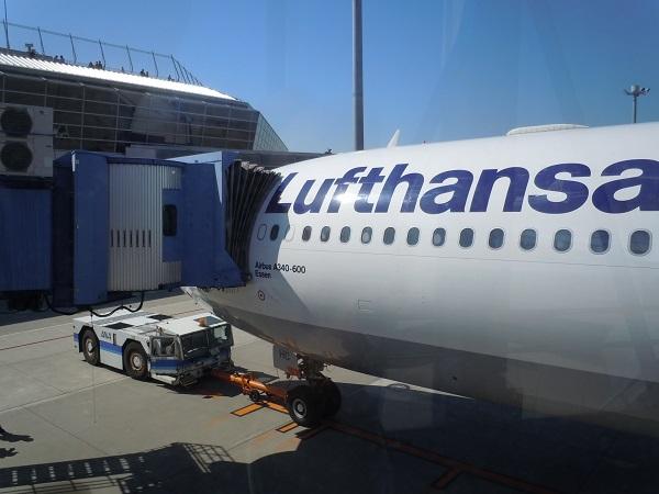 ルフトハンザドイツ航空A340-600搭乗時の様子