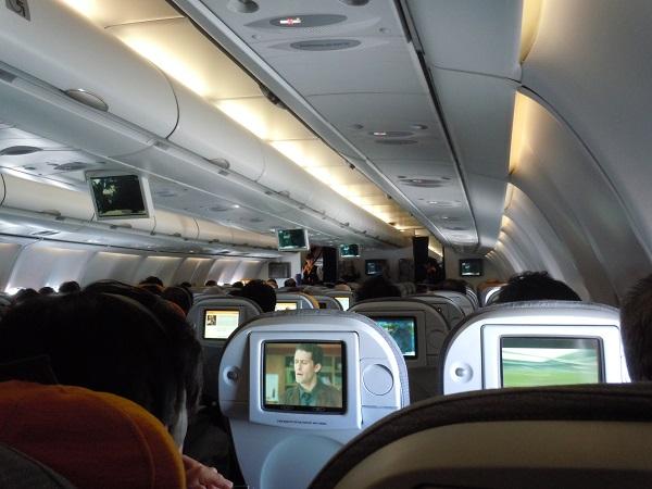 中部=フランクフルト路線のA340-600の機内の様子