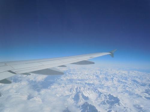 機内から見えた本物のアルプス山脈