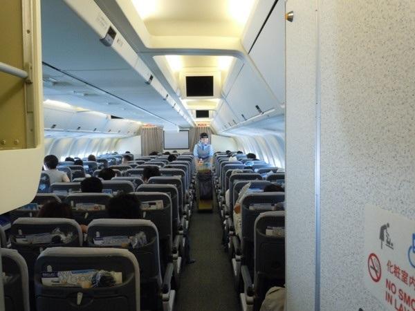 B767型機の機内の様子