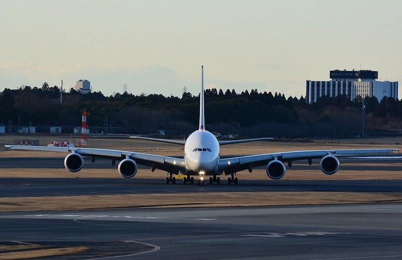 タイ国際航空のA380-800型機の正面