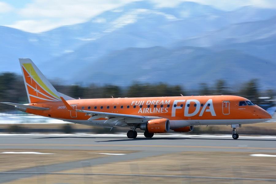 離陸滑走中のFDA機