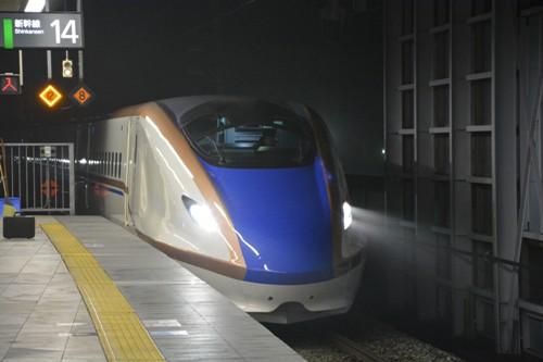乗車した北陸新幹線のE7系車両