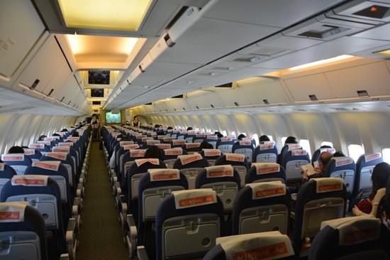 エアドゥのB767-300型機の機内の様子