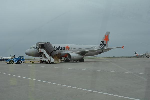 搭乗機のジェットスターのA320型機