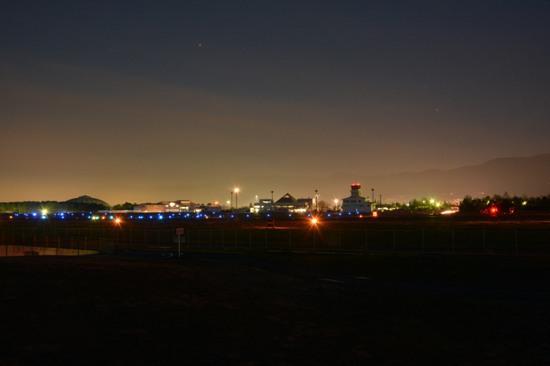 松本空港の夜景
